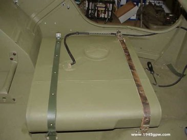 G503 WWII Jeep Fuel Tank Sending unit and straps Applies